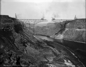 Construction of first Twin Falls/Jerome Bridge, 1927